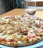 Mireia Pizzeria Restaurant