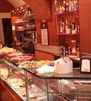 Tata Cafe'