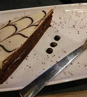 Mava Cafe & Bistrot
