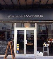 Madame Mozarella