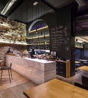 Syrah Wine Bar