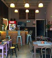 Y Not Cafe Restaurant