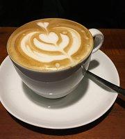 Le Bonjour Cafe