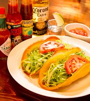 Traveler's Bar Osaka Tacos