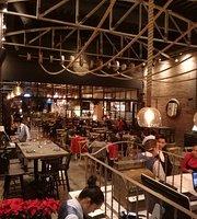 Lecumberry Steak House
