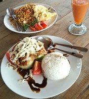 Tasty Hesty Cafe