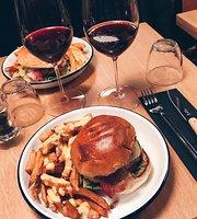 Sacre Burger