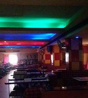 Maaunt Paradise Restaurant & Bar