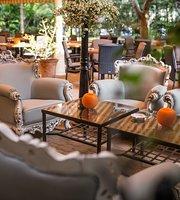 Vadrózsa Restaurant