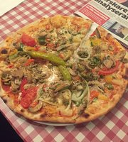 Pizzeria Amanda Ali Deniz