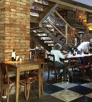 La em Casa Restaurante