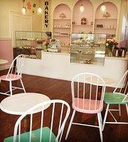 Mia Bella Cupcakes