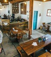 Vagamundo Coffee & Waffles