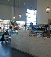 Con Gusto Caffe