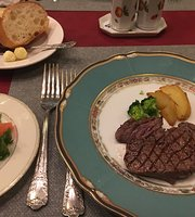 Amiyaki Beefsteak Komatsuya