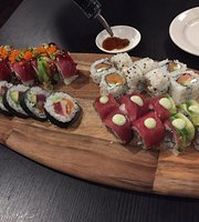 New Moon Sushi Japanese Restaurant
