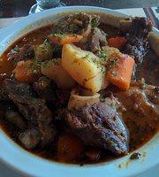 De la Plaza Pena y restaurante