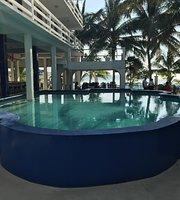 Corona del Mar Hotel & Apartments