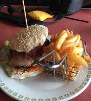 Lyrebird Cafe