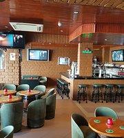 Eddys Bar & Restaurante