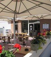 Café de Martigny China House