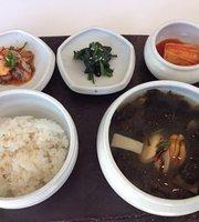 Poom Seoul