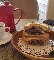 Deborah Cafe