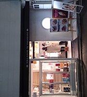 Bistro & Cafe Melange de Shuhari