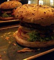 HANS IM GLÜCK - Burgergrill Bonn | Friedensplatz