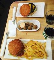 Cafe de Pool