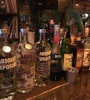 International Bar Lucky Moon