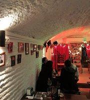 Cafe Pub Le Chien Andalou