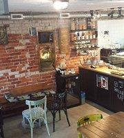Brunet Kafe