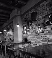 The Black Sheep drink & dine
