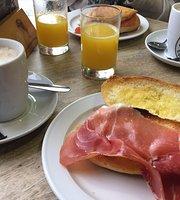 Cafe de Indias - Puerta de Triana