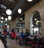 Q Maria Restaurante & Sushi