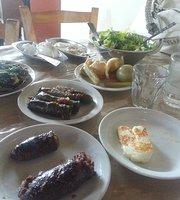 Yiannakos Restaurant
