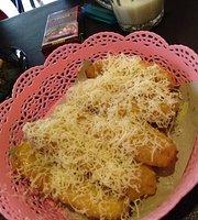 La Tansa Cafe
