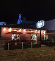 Dinos Art Bar
