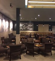 Starbucks - Junction One