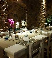 Fantasy Restaurant Lounge Bar