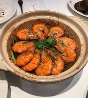 瓦城泰国料理(高雄三越左营店)