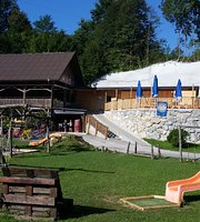 Labrca - restaurant & outdoor center