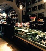 La Cocotte Bistrot Cafe