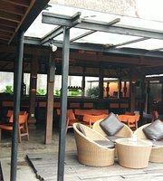 Badung Cafe N Resto