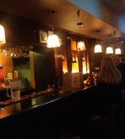 Fabulous Bar & Cafe