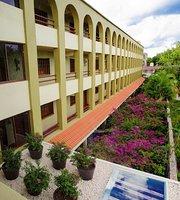 Suites Colonial