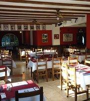 Monroes Restaurant & Carvery, Pedreguer