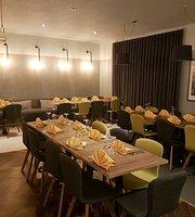 K2H bistro & Restaurant