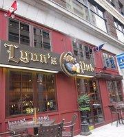 Lyon's Pub